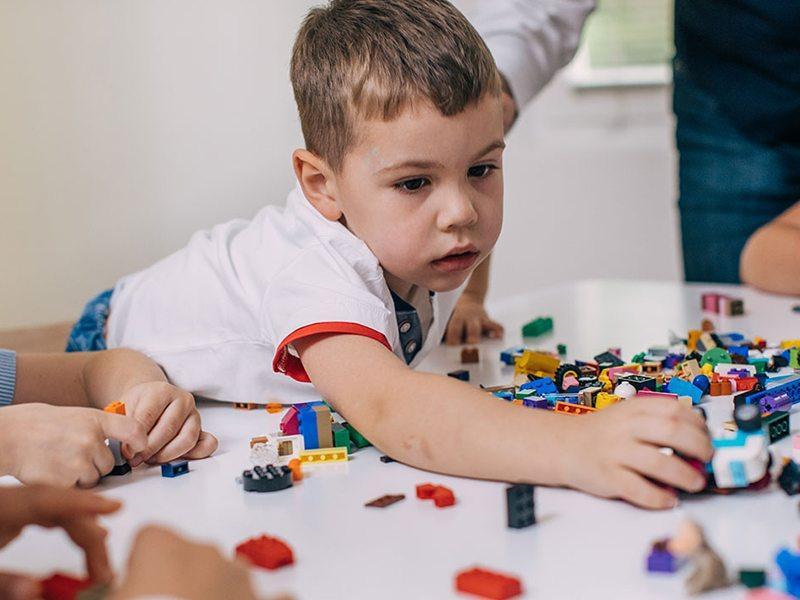 Özel Eğitime İhtiyaç Duyan Çocukların Eğitiminde Yeni Yöntemler